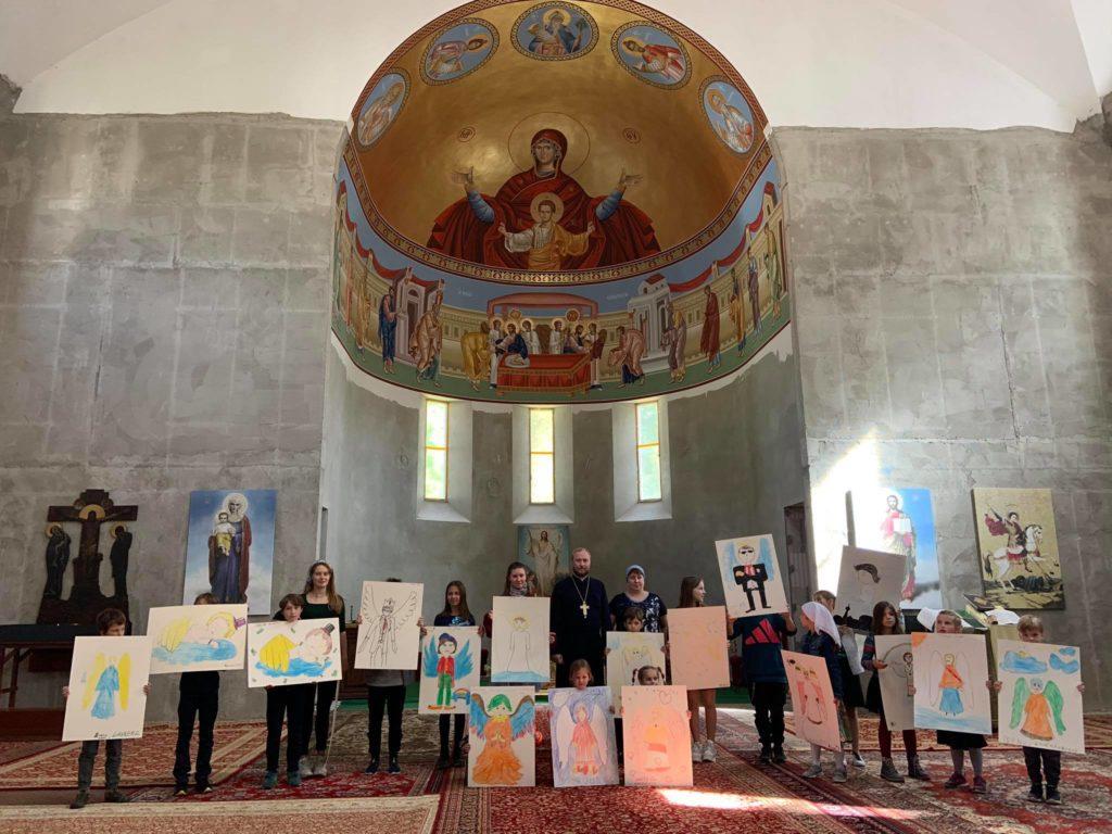 Благотворительный выездной мастер-класс «Дети рисуют в храме»